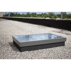 SKYLIGHT CURB Mounted  - FXR - 46/46 , Outside Curb dim: 49.5 / 49.5 LAMINATED glass - FIXED Low-E